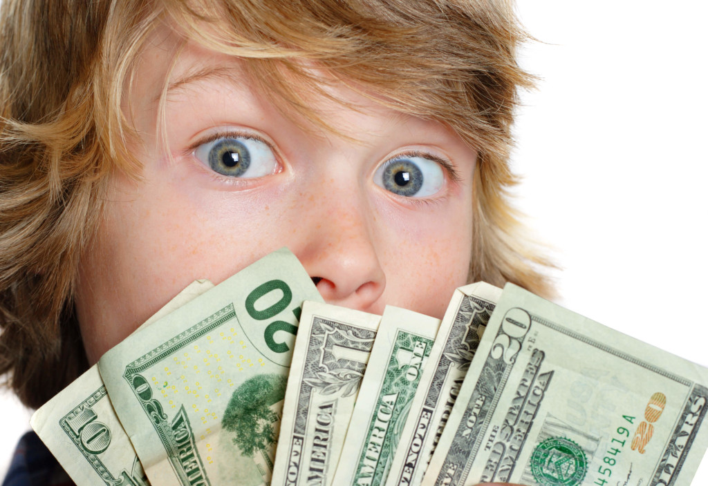 Raising Financially Savvy Teenagers