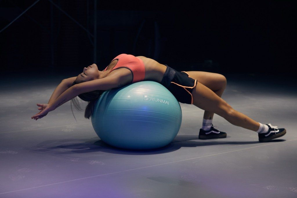 Foam rolling (with a foam roller) can help you easily work out all of the knots and tensions in your muscles. Foam rolling has proven to allow for better muscle recovery no matter if you partake in cardio, weightlifting, or combination between the two.